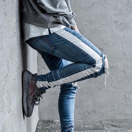2019 pantalones rotos rodillas Miedo a Dios Agujero de la rodilla Cremallera lateral Pantalones vaqueros desgastados delgados Hombres Justin Bieber Pantalones rotos desgarrados para hombres Pantalones a rayas pantalones rotos rodillas baratos