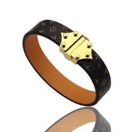 2019 Mode Populaire Européen et Américain Bijoux Marque Designer En Acier Inoxydable Ton en cuir lettre V hommes femmes mariage bracelets bracelets ? partir de fabricateur