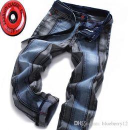 2019 jeans di colore maschile Jeans Uomo Blu Nero Cuciture Color Matching Jeans Maschio europei e americani pantaloni di stirata pantaloni diritti più il formato