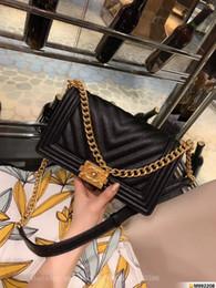 Bolsos de cuero bordado online-Diseñador de lujo bolsos de cuero + Fluff bordado de terciopelo corto Color clásico a juego Doble F patrón