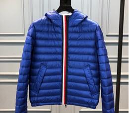 herrenmäntel doppelter reißverschluss Rabatt New Mens Down Jacket Leichte Daunenjacke mit Kapuze Farbstreifen-Stitching-Doppelt-Reißverschluss-Winter-Mantel-Jacken Herren-Outdoor Fashion Lässige