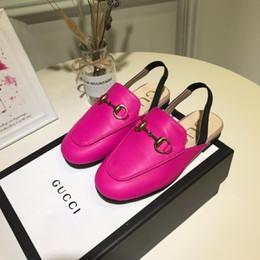 Lista de crianças on-line-2019 Early Spring meninas sandálias high end shoes Nova listagem Crianças Sapatos De Couro Vazio flor princesa menina de alta qualidade