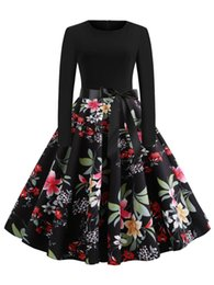 Wipalo Primavera Mujeres Hepburn Vestido Vintage Estampado Floral Cuello Redondo Mangas Largas Una línea de corsé con cinturón Vestido Retro Vestidos Robe desde fabricantes