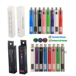 Recharge ecig en Ligne-UGO Micro USB Charge Passthrough Préchauffer VV Vape Stylos Batterie avec chargeur Câble 510 fil EVOD vaporisateur 650mAh 900mAh eGo eCig Cigarettes