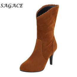 2019 botas de peluche piernas Sagace señoras atractivas calza botas de tacones altos delgadas dedo del pie acentuado Botas caña alta felpa corta 2019 mujeres de invierno acuden plataforma