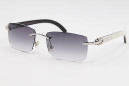 2019 полосовые солнцезащитные очки Оптовая горячие 8200757 стиль очки подлинной природных черно - белые вертикальные полосы буйвола Рог оправы солнцезащитные очки размер рамы: 56-18-140mm дешево полосовые солнцезащитные очки