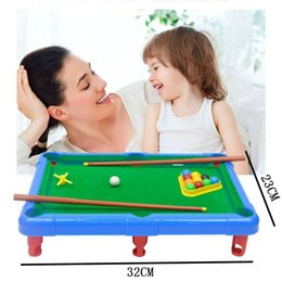 Canada Jouets de billard boule mini billard, jouet de bureau double jeu de puzzle interactif, enfants cadeaux de la journée Offre
