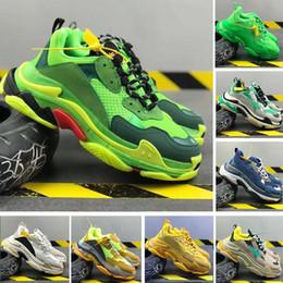 2020 scarpa verde 2020 Scarpe Triple S del partito del vestito per uomo donna Luxury Fashion Designer casual Calzature piattaforma Vintage Nero Luxe Verde inferiore rossa Aumento Shoe sconti scarpa verde