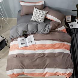 set di biancheria da letto quilt california Sconti MENGZIQIAN Set biancheria da letto 4 pezzi, strisce, California King, King, Full, Twin, Piccole dimensioni, foglio trapunta, Moda Multicolor di alta qualità