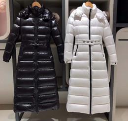 Cuello de piel chaqueta delgada cintura online-con capucha de la chaqueta de las mujeres abajo invierno de la chaqueta de cintura cinturón súper abajo cuello de piel de las mujeres delgadas del color sólido grueso invierno cálido coat2019 nueva QQ9