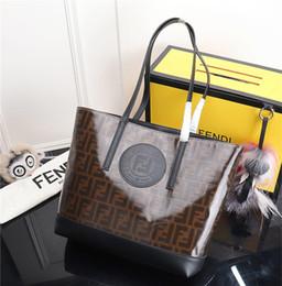 Bolsos cuadrados negros online-Bolso de mujer dama 2019 nueva moda retro franja bolsa cuadrada de un solo hombro de moda negro simple cruz-cuerpo bolsa