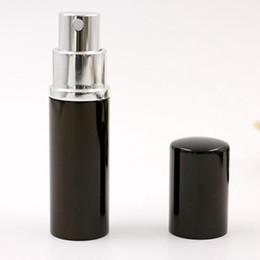 2019 großhandel kunststoff trigger spray flaschen 10 ML Mini Tragbare Sprühflasche Leere Parfümflasche Schwarz Nachfüllbar Parfüm Zerstäuber Spray Reise Zubehör RRA1829
