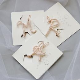Hot 1PC elegante lettera femminile perla forcine per capelli dolci ragazze coreane fermagli perni bobby barrette fermaglio per capelli accessori regali da