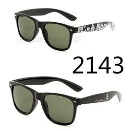 Canada 2143 mètres de lunettes de soleil à ongles repèrent les verres en plastique en gros Mickey hommes et femmes UV400 lunettes de soleil 5 couleurs supplier spot meters Offre