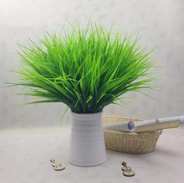 2019 folhas verdes de plástico Primavera Grama Verde Folha De Plástico Simulação De Plástico Decorações Da Flor Do Casamento Do Floco De Neve acessórios de Moda Sala de Ornamento Ferramenta CLS631 folhas verdes de plástico barato