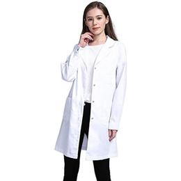 Abiti uniformi infermiere online-Donne Bianco estate lungo cappotto manica tasche divisa da lavoro di usura Medico Infermiere Abbigliamento casual intaglio rivestimento del collare Outwear 9.11