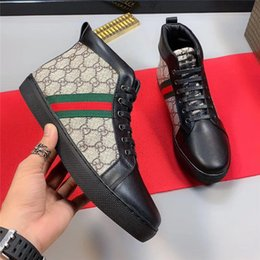chaussure haute Promotion Gucci high-top shoes Luxe Nouveau Noir Rouge Bas Hommes Femmes Chaussures griffés à bas-Top Casual Flat Outdoor Zapatillas Driving Sneakers