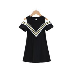 Vestidos expostos on-line-crianças roupas de grife meninas roupas de verão com decote em V ombro-exposto vestido de mangas curtas médias e grandes meninas crianças vestido