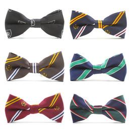 Pajarita de rayas online-Pajarita corbata personalizada Banquetes de boda a rayas diseño de la escuela los muchachos del estilo Realizar Bowtie de mostrar a los niños para las muchachas corbata de lazo ajustable