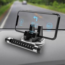 2019 placa de rotação Escondido Car Luminous temporária Parking Sign Night Vision Car Mobile Phone 360 ° Rotation Bracket Número Placa Suporte Phone Holder placa de rotação barato