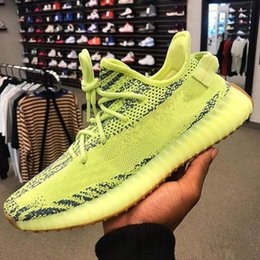 flat rhinestones Coupons - 2019 HOT Mens Clay Hyperspace True Form Static Running Shoes For Mens Womens Kanye West Sesame Butter Beluga Black White Bred Red Sneakers