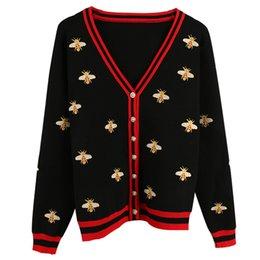 2019 free crochet ponchos 2019 herbst Winter Luxus Bee Stickerei Frauen Dünne Pullover Strickjacken Perlen Tasten Langarm Weibliche Pullover Jumper Kleidung
