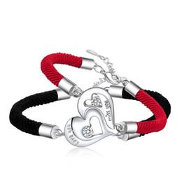 Rote valentine armbänder online-1 Paar Paar Schmuck Mode Kupfer Herz Rot Schwarz Seil Einstellbar Armband Für Frauen Männer Freundin Armreifen Valentinstag Geschenke