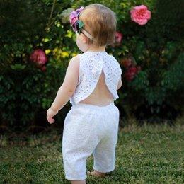 Garota de roupas abertas on-line-Venda quente Criança tops sem mangas e calça 2 pcs baby girl roupas branco Aberto conjunto de roupas de volta