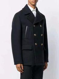 Casaco de luxo mulher lã on-line-2019 Mens ternos do desenhador listras rosto Blazer Itália Paris Medusa preto tag Homens Mulheres Sólidos casaco de lã de luxo New casamento Windbreaker