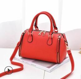 La nuova borsa delle donne di modo coreane dell'estate del 2019 piccolo modo semplice piccolo modello del litchi sacchetto del cuscino del cross-corpo borsa delle donne di guangzhou 01 da cuscino piccolo corpo fornitori