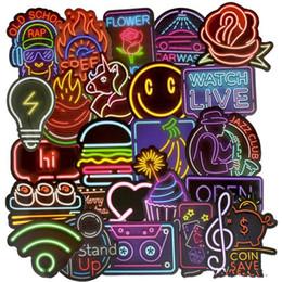 2019 gitarrenkarosserie 50 Teile / los Neonlicht Sticke Nette Abziehbilder Aufkleber Geschenke für Kinder zu Laptop Koffer Gitarre Kühlschrank Fahrrad Auto 001 günstig gitarrenkarosserie
