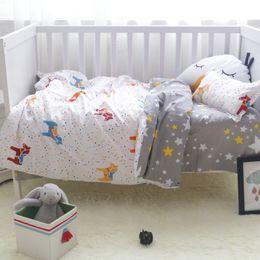 Baby-duvet-sets online-3 Stücke 100% Baumwolle Krippe Bettwäsche Kit Cartoon Baby Bettwäsche Set Beinhaltet Kissenbezug Bettlaken Bettbezug Ohne Füllstoff