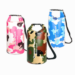 Mochilas de pescado online-Moda impermeable bolsa seca bolsa de camuflaje estilo de compresión saco de pesca mochila contenedor para acampar rafting pesca kayak M233Y