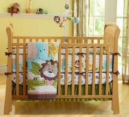 Юбка детской кроватки онлайн-Детские постельные принадлежности Набор African Lion Детские кроватки Постельные принадлежности Набор для мальчика девушки кровать Одеяло Матрас кроватки Юбка Protector Бамперы