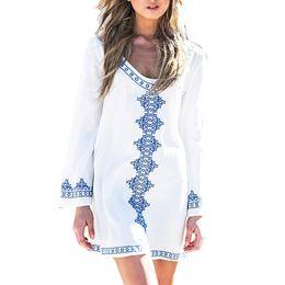 Платья с длинным рукавом покрывают колени онлайн-Женщины Повседневная Печать С Длинным Рукавом Свободные Пляж O Шеи Выше Колена Бикини Черный, Белый Лето Прикрыть Платье