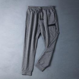 2019 leggings de nylon de los hombres Jogging Leggings 2018 Hombres Corriendo Compresión Ropa deportiva Pantalones delgados Spandex Deporte Cintura alta Pantalones al aire libre Hombres Fitness Gym # 942864 leggings de nylon de los hombres baratos