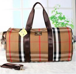 2019 55CM grande capacité femmes sacs de voyage classique designer vente chaude de haute qualité hommes épaule sacs polochons portent sur bagage keepall ? partir de fabricateur