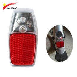 Bicicletta di parafango in plastica online-JS Leds Battery Fender Bike Light Mount sul parafango Rosso in plastica Safe Warning Bicicletta fanale posteriore per bicicletta Rear Light Flashlight # 106721