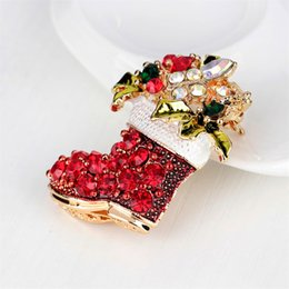 Stivali di zinco online-Moda in lega di zinco strass Vintage Female Red Stivali Spille Pins Red Shoes Spille per le donne
