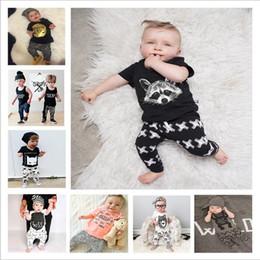 2019 animais bebê camiseta Roupa Dos Miúdos Menina Conjuntos de Roupas de Verão Do Bebê Moda Ternos Meninos Boutique T Shirt Calças Outfits Recém-nascidos Animal Imprimir Tops Calças B4344 animais bebê camiseta barato