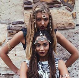 Tocado de plata bohemio online-India bohemia metal plateado flor de la flor hueca cadena borla corona diadema joyería del pelo para las mujeres Weding accesorios para el cabello