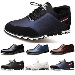 2020 neue Ankunfts Designer Männer Leder Freizeitschuhe schwarz navy blau braun Business Mode Plattform flach Partei mens Trainer Sneaker color22
