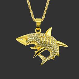 2019 collar de tiburón de plata Personalidad Shark Cool Hip hop Accesorios Colgante Moda Diamante Hombres Colgante Collar Chapado en oro Plateado Plata Aleación Colgante collar de tiburón de plata baratos
