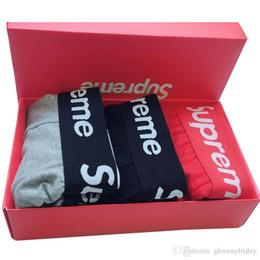 Ceinture Lettre Populaire Logo Sous-vêtements Jeunes Respirant Coton Hommes Boxer Rouge Coffret Cadeau Emballé Nouveau Style ? partir de fabricateur