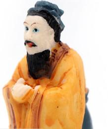 Envío gratis Confucio Figuras de acción modelo de personaje de juguete Moda deportiva Celebrity Figure Confucio desde fabricantes