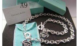 Livraison gratuite 2018 Hot Tiffany925 argent bijoux de mode collier et bracelet emballage original cadeau boîtes 925 Set HOT AAAAA01 ? partir de fabricateur