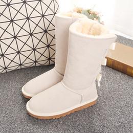 beste jagdstiefel Rabatt New 7803 Designer Stiefel Australien Frauen Mädchen klassischen Luxus Schneeschuhe bowtie Knöchel Halb Bogen Pelzstiefel Winter schwarz Chestnut