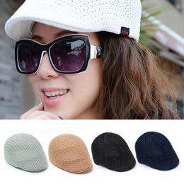Boina de malla online-Naiveroo Fashion Summer Unisex Hombres Mujeres Sun Mesh Beret Cap Newsboy Golf Cabbie Flat Peaked Hat Casquette Boinas transpirables V040
