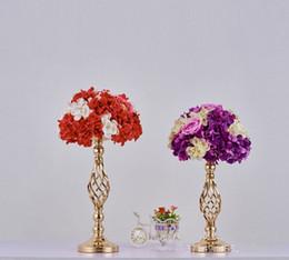 Style européen plaqué or fer fleur vase métal bougeoir bougie bâton table de mariage pièce maîtresse événement route plomb mariage prop ? partir de fabricateur