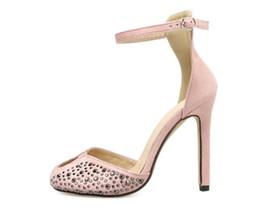 Argentina Sastres americanos americanos mujeres tacones altos fiesta de moda Princesa Diamante niñas sexy zapato puntiagudo Zapatos de baile zapatos de boda Sandalias con correa Suministro